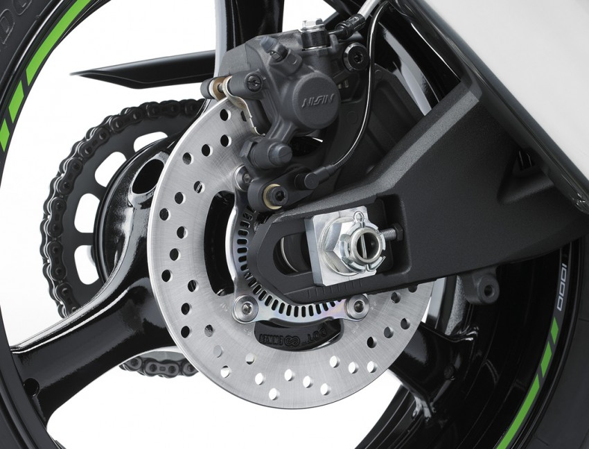 VIDEO: 2016 Kawasaki ZX-10R unveiling in Barcelona Image #432613