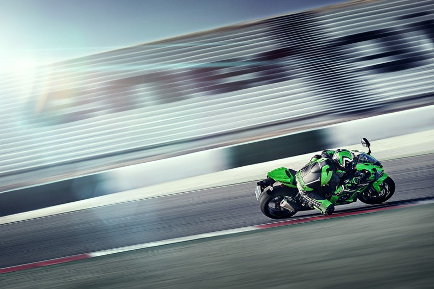 VIDEO: 2016 Kawasaki ZX-10R unveiling in Barcelona Image #432617