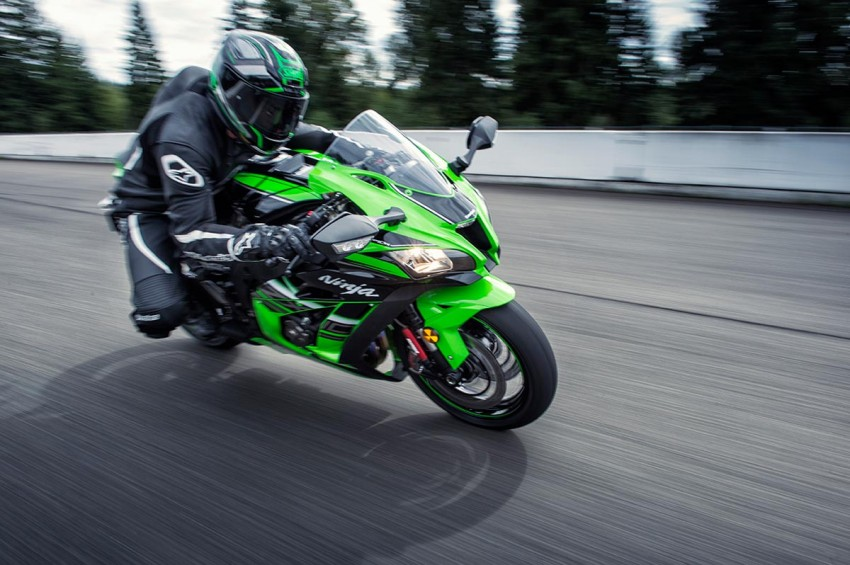 VIDEO: 2016 Kawasaki ZX-10R unveiling in Barcelona Image #432632