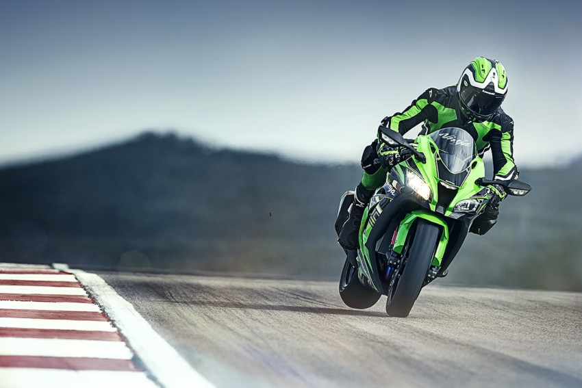 VIDEO: 2016 Kawasaki ZX-10R unveiling in Barcelona Image #432639