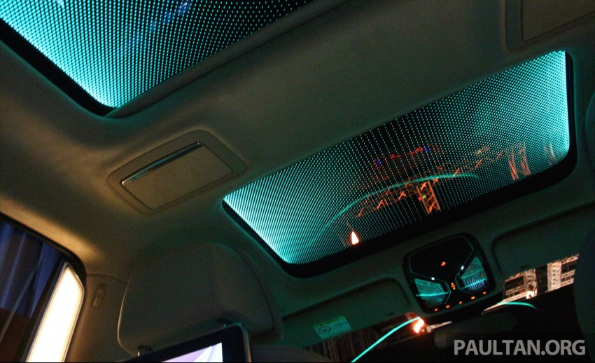 GALLERY: BMW 7 Series Sky Lounge panoramic roof Image #436546
