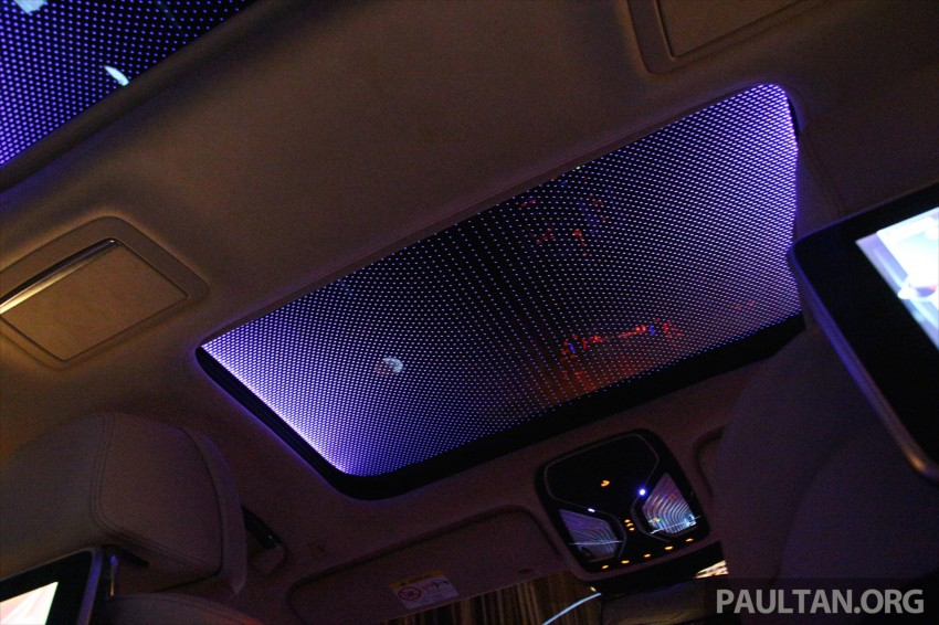 GALLERY: BMW 7 Series Sky Lounge panoramic roof Image #436551