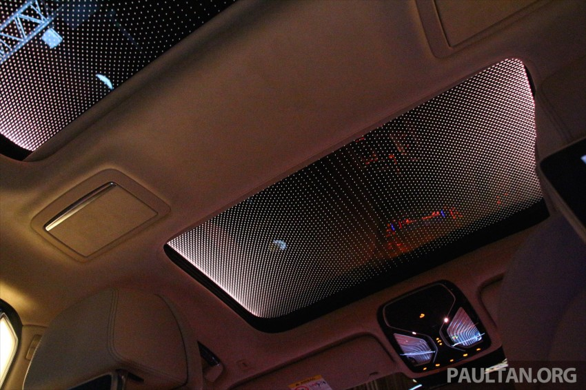 GALLERY: BMW 7 Series Sky Lounge panoramic roof Image #436552