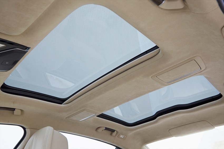 GALLERY: BMW 7 Series Sky Lounge panoramic roof Image #436558