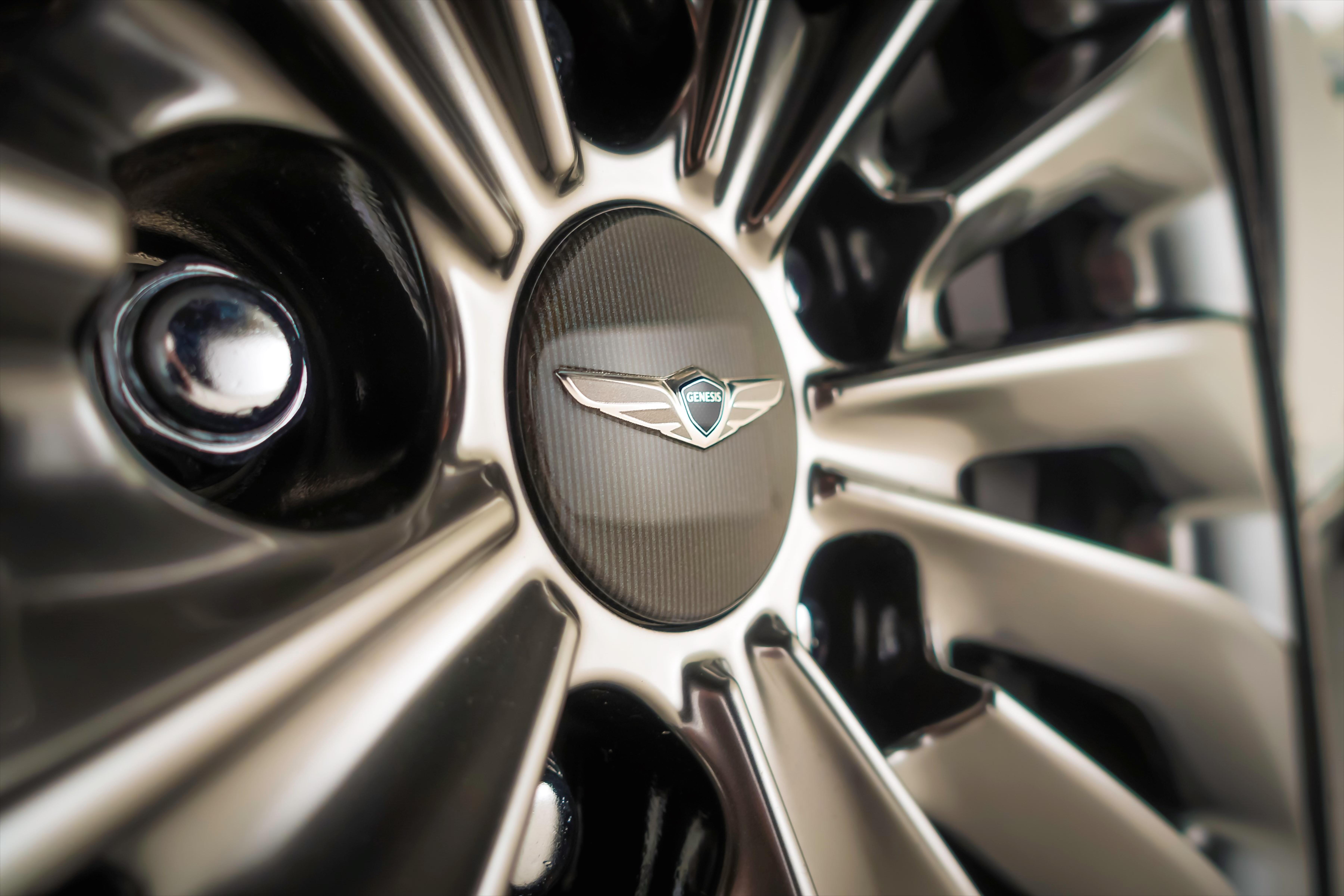 Hyundai Genesis 2018 >> Genesis G90 flagship makes North American debut Paul Tan - Image 427764