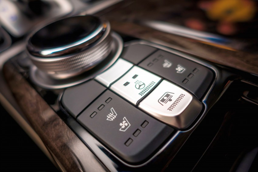 Genesis G90 flagship makes North American debut Image #427847