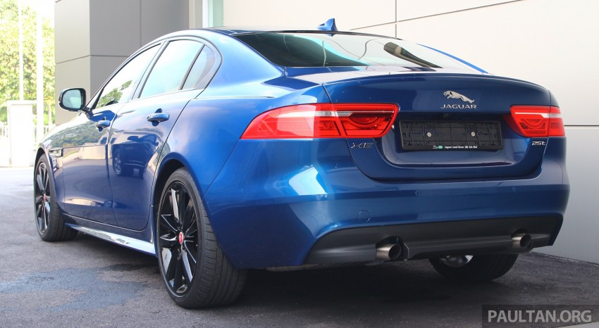 jaguar xe debuts in malaysia 2 0 3 0 from rm341k paul. Black Bedroom Furniture Sets. Home Design Ideas