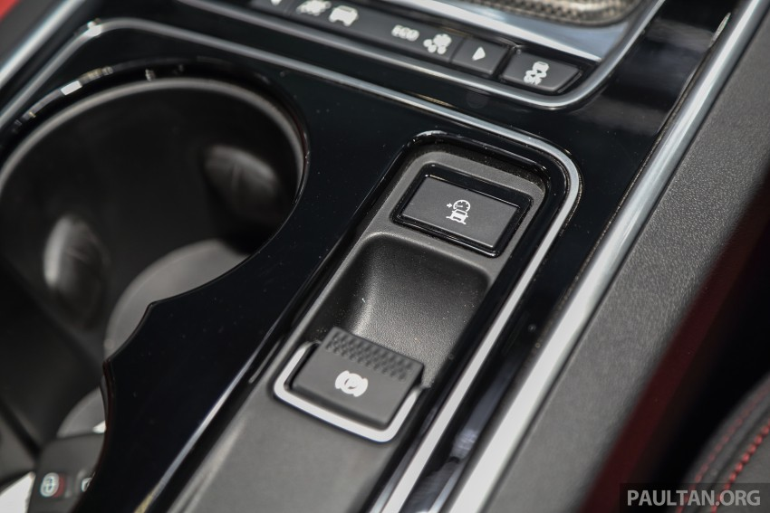 Jaguar XE debuts in Malaysia – 2.0, 3.0, from RM341k Image #435446