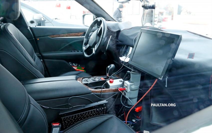 SPYSHOTS: Maserati Levante – interior finally revealed Image #434543