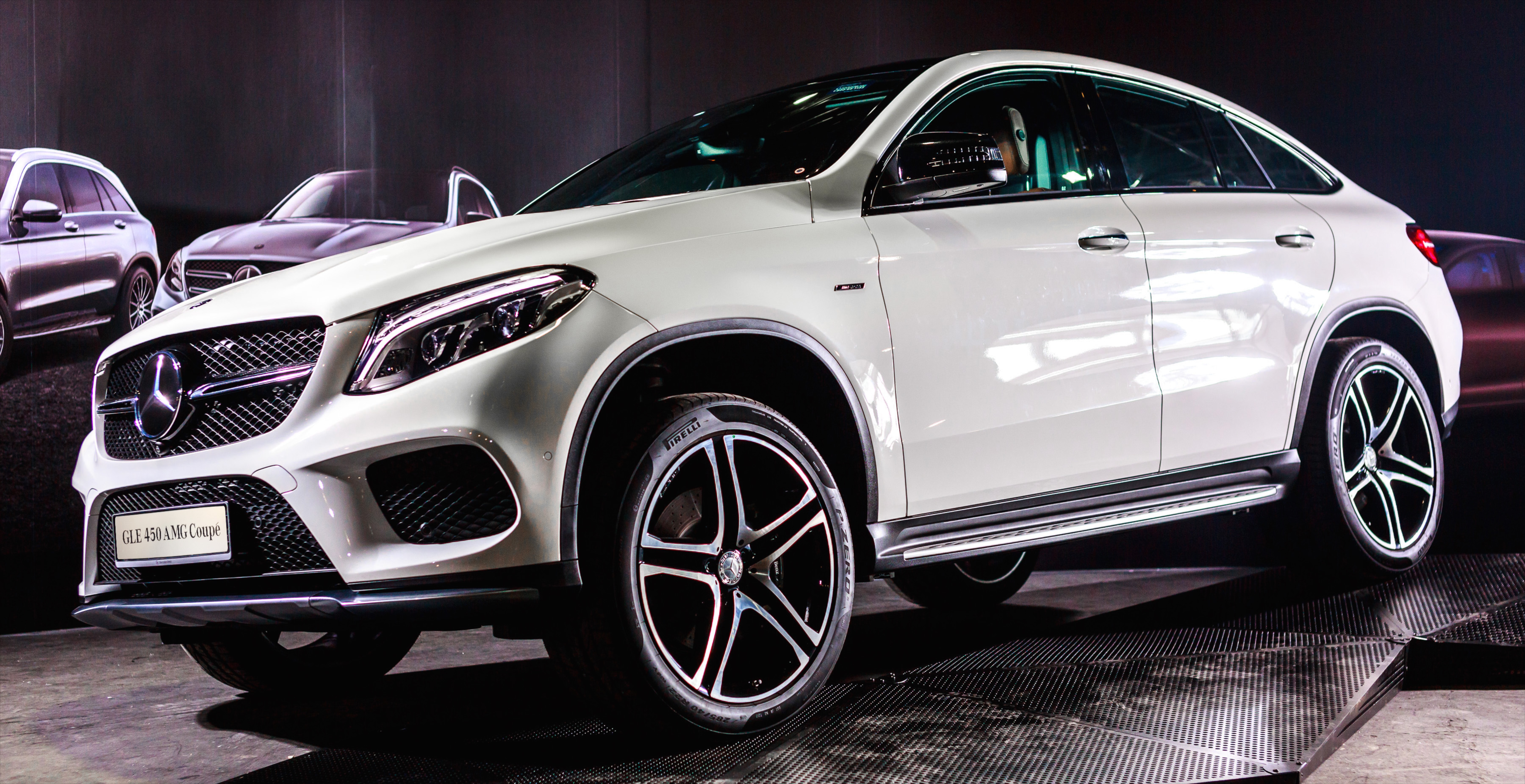 mercedes benz gle coupe launched in malaysia gle 400. Black Bedroom Furniture Sets. Home Design Ideas