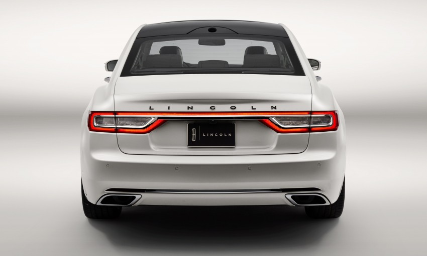 2017 Lincoln Continental exudes luxury in Detroit Image #427700