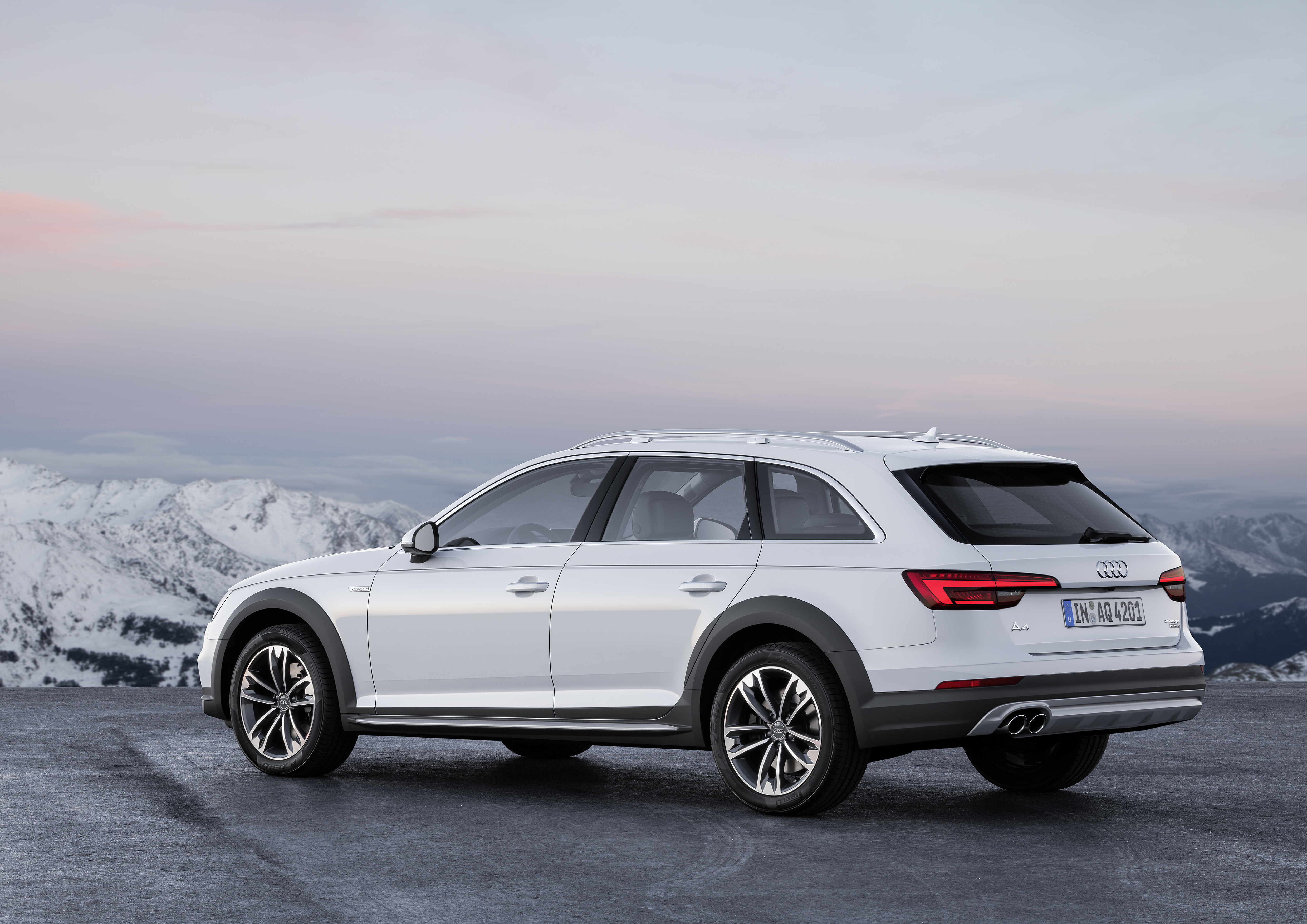 B9 Audi A4 Allroad Quattro Is A Go Anywhere A4 Avant Image