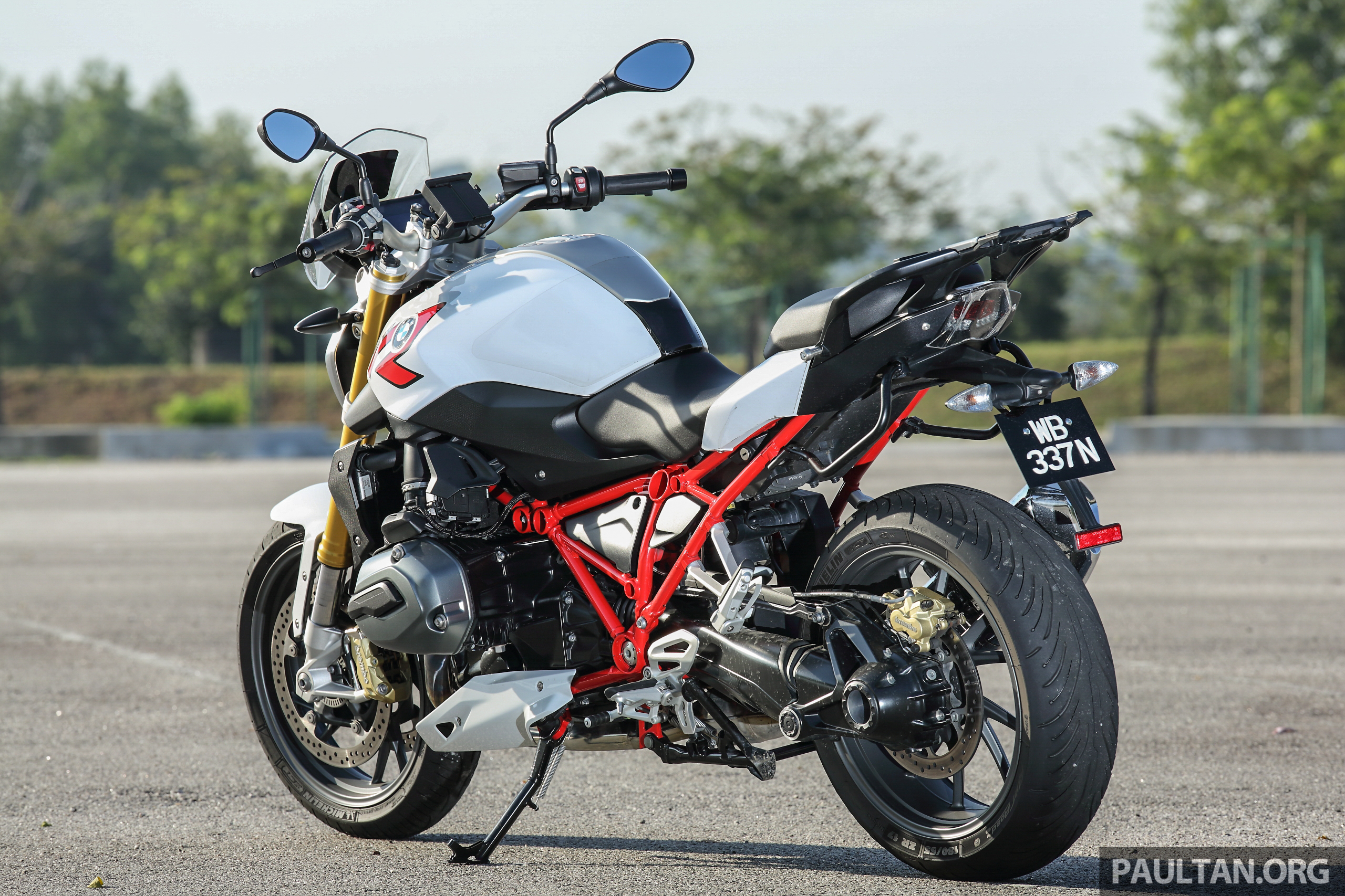 BMW-R1200-R-10 Extraordinary Bmw R 1200 R Street Fighter Cars Trend