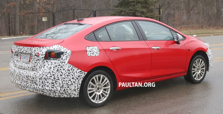 SPIED: Chevrolet Cruze Hybrid sighted running trials Image #431061
