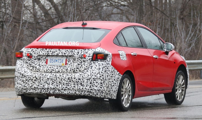 SPIED: Chevrolet Cruze Hybrid sighted running trials Image #431056