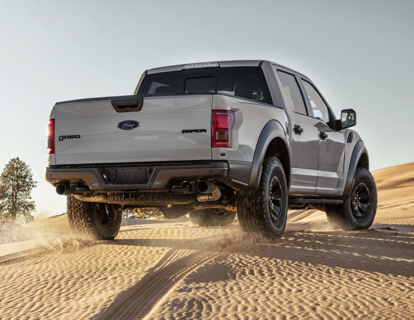 2017 Ford F-150 Raptor SuperCrew unveiled in Detroit Image #426914