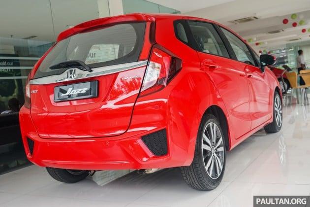 Honda Jazz Carnival Red 5