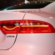 Jaguar XE Prestige-10