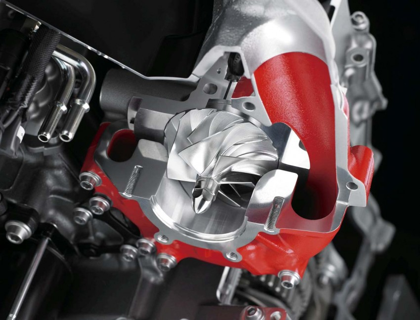 Forcing it in – super and turbocharged motorcycles Image #424577