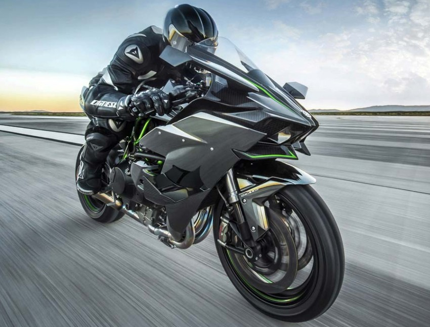 Forcing it in – super and turbocharged motorcycles Image #424579