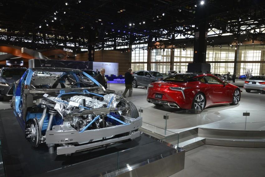 2017 Lexus LC 500 – a show car you can actually buy Image #440708