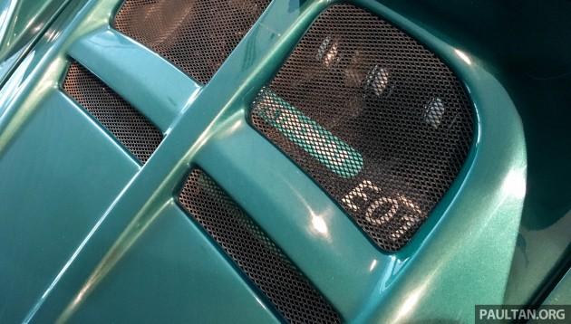 Lotus Elise E01 engine display 10