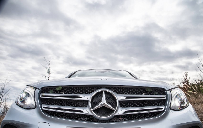 Video mercedes benz shows off its suv line up image 424336 for Mercedes benz line up