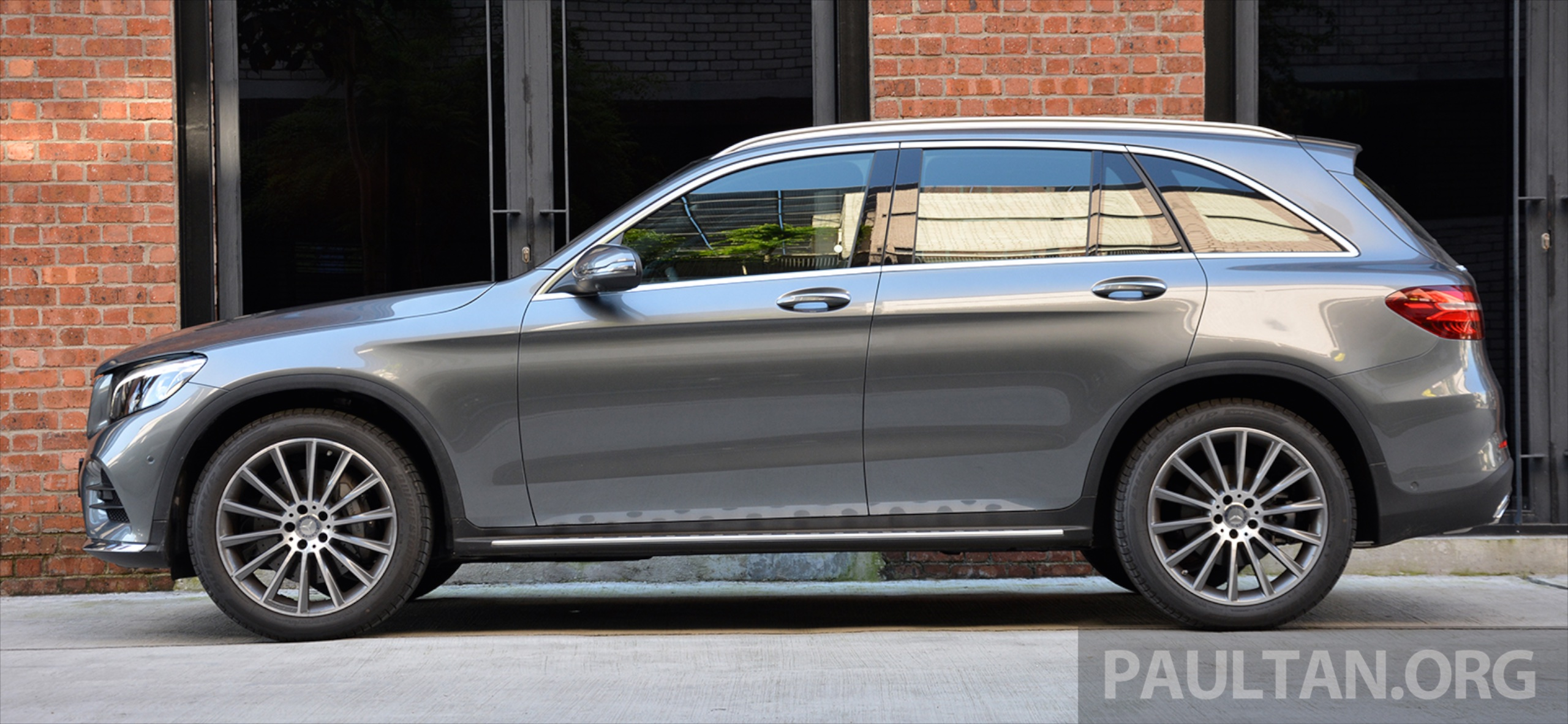 Driven mercedes benz glc250 star utility vehicle paul for Mercedes benz utility vehicle