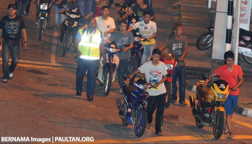"Police issue 150 summons and seize 59 motorcycles in latest ""Ops Samseng Jalanan"" on Kesas highway Image #445583"