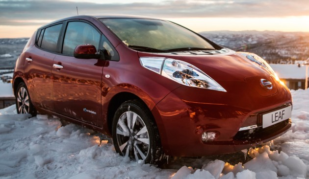 2016 Nissan Leaf 30 kWh-06