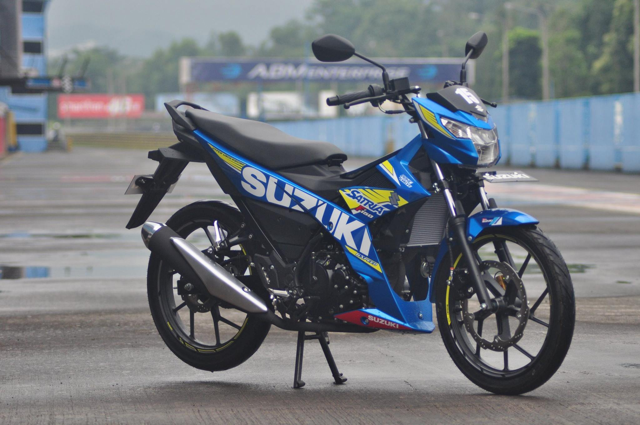 Suzuki Satria F