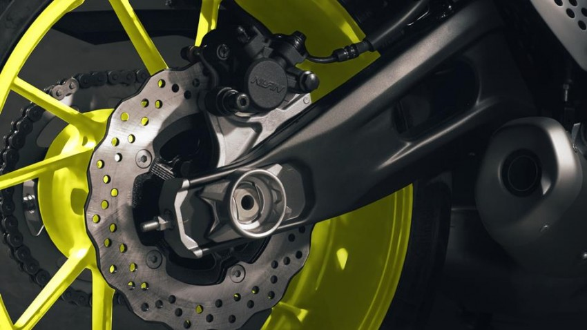 "2016 Yamaha MT-07 ""Moto Cage"" Night Fluo revealed Image #447315"