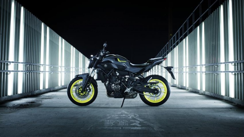 """2016 Yamaha MT-07 """"Moto Cage"""" Night Fluo revealed Image #447290"""