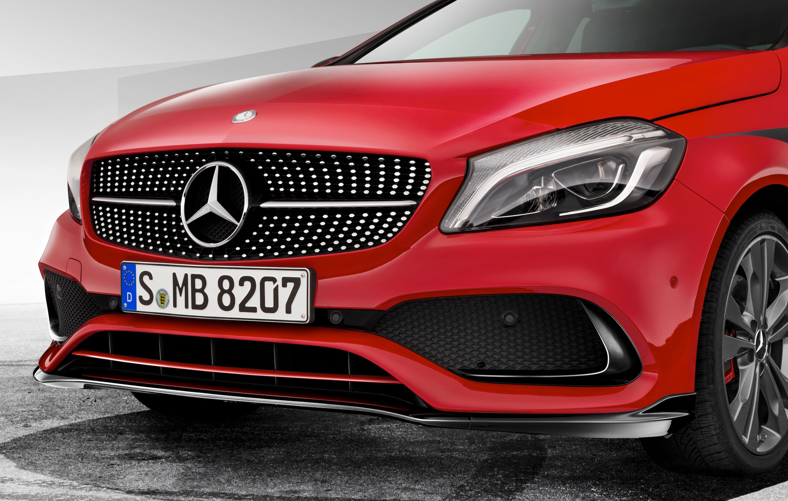mercedes benz a class fl gets new amg accessories image 449084