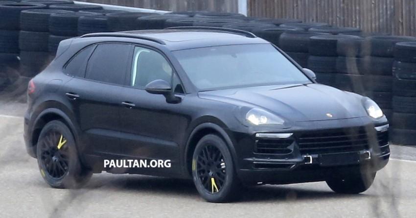 SPYSHOTS: Next-gen Porsche Cayenne out testing Image #437661