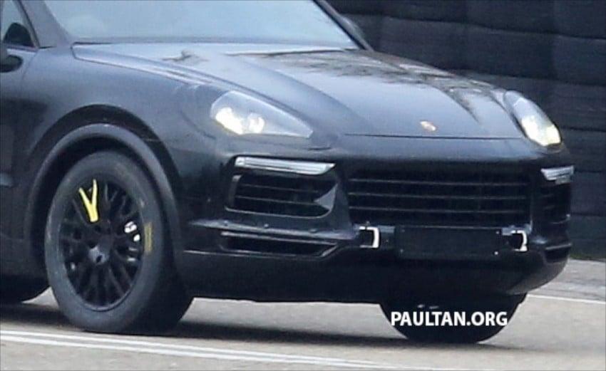 SPYSHOTS: Next-gen Porsche Cayenne out testing Image #437663