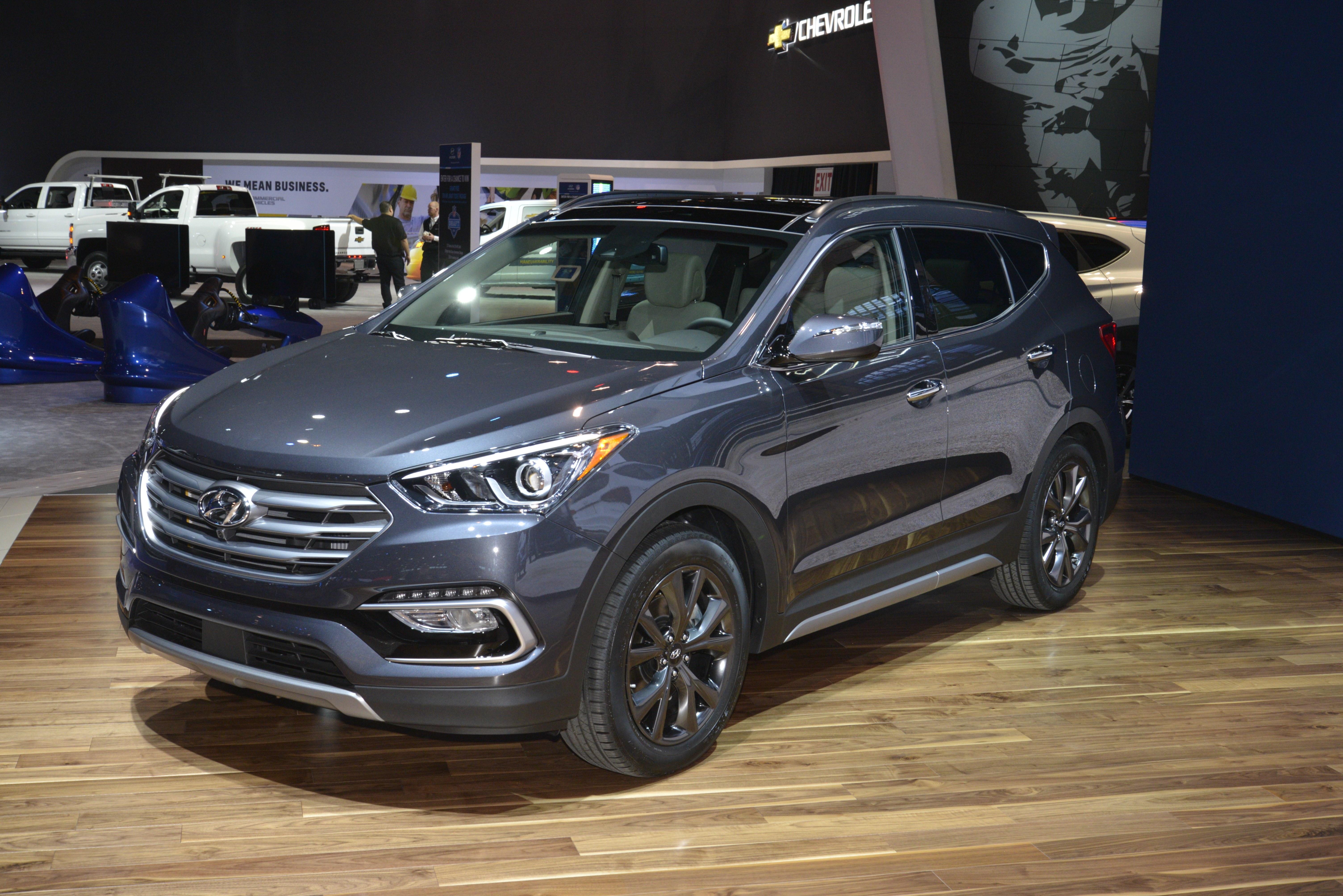 2017 Hyundai Santa Fe Sport-17 Image 440652