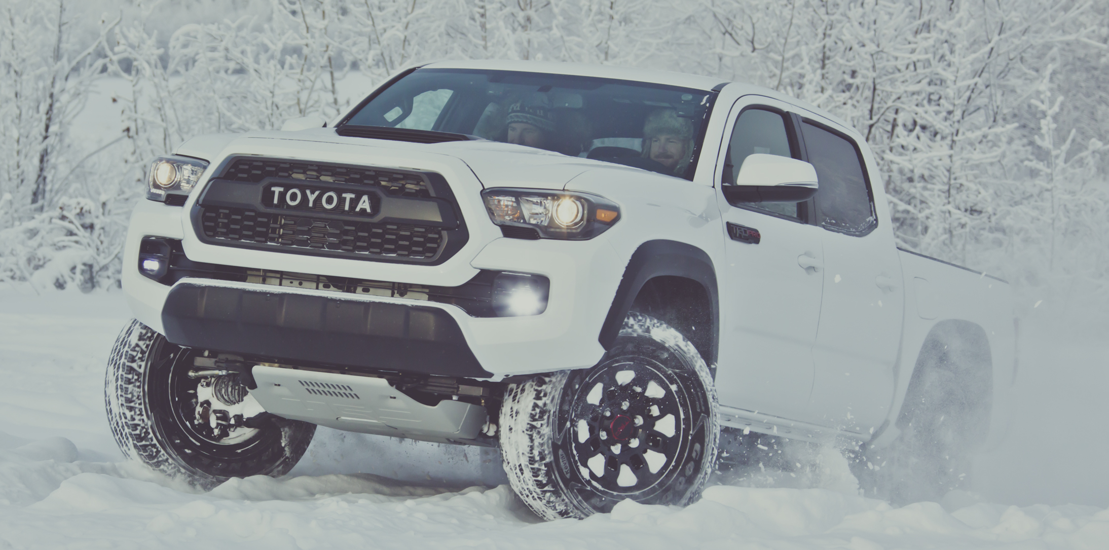 2017 toyota tacoma trd pro tougher look and feel. Black Bedroom Furniture Sets. Home Design Ideas