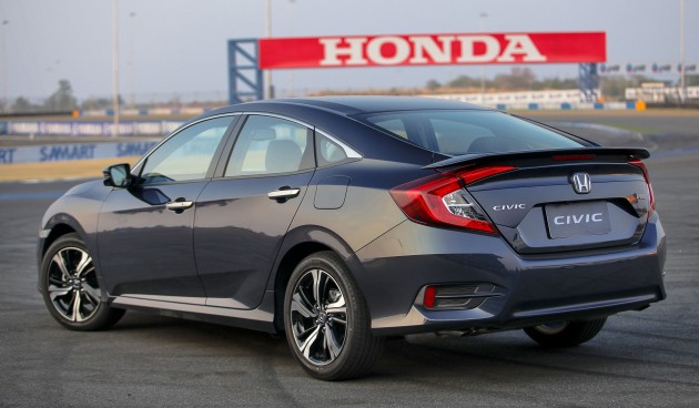 Honda-Civic-Thailand-03