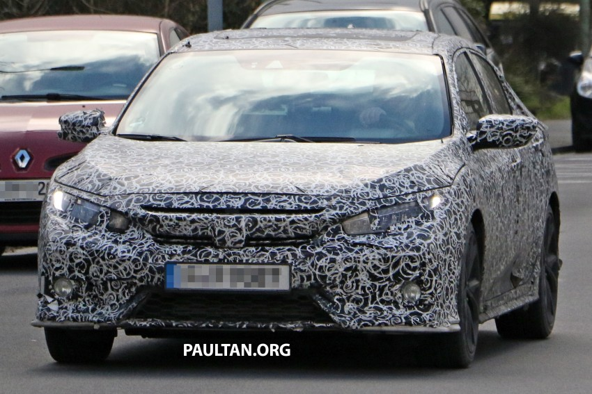 SPIED: 2017 Honda Civic hatchback makes the rounds Image #449676