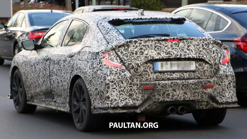 SPIED: 2017 Honda Civic hatchback makes the rounds Image #449687