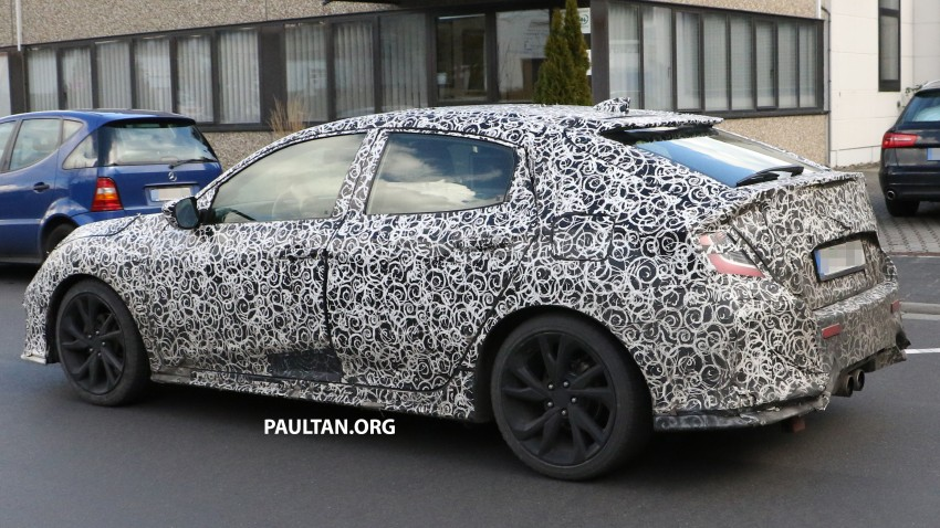 SPIED: 2017 Honda Civic hatchback makes the rounds Image #449683