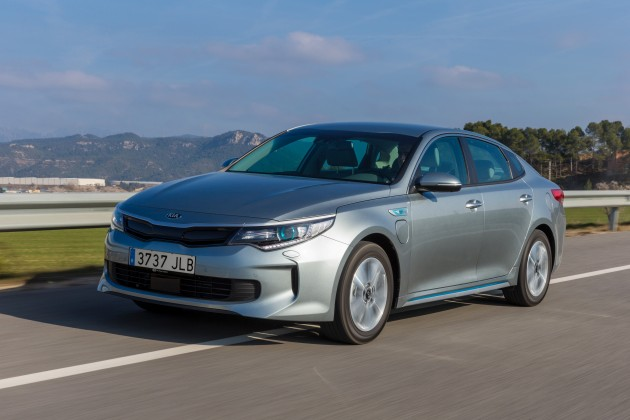 Kia Optima Plug-in Hybrid - Exterior 11