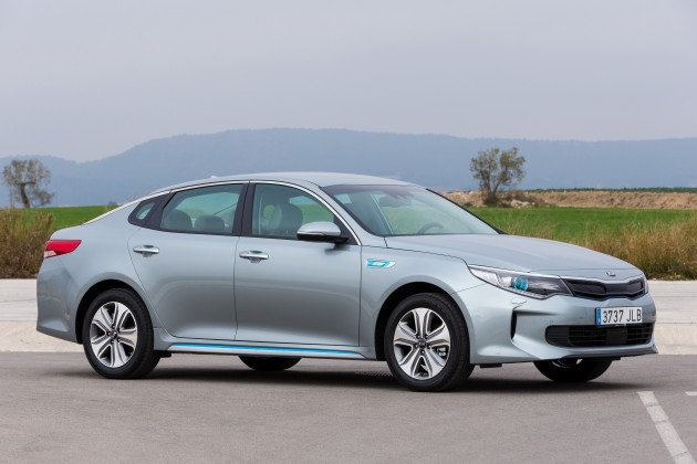 Kia Optima Plug-in Hybrid - Exterior 6