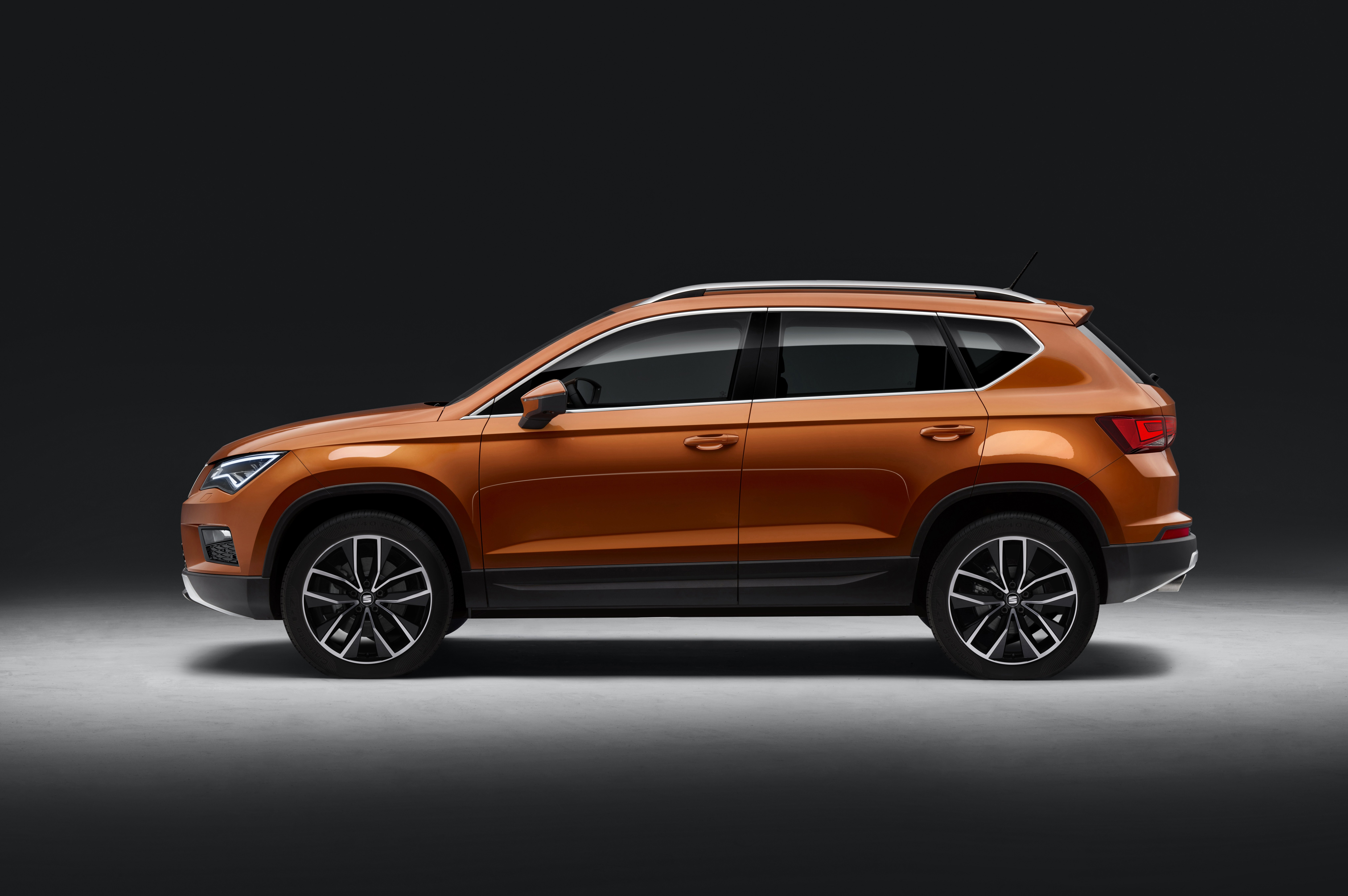 Suv >> SEAT Ateca unveiled – brand's first-ever SUV model Paul Tan - Image 439641