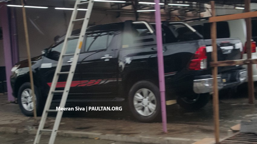 SPYSHOTS: 2016 Toyota Hilux spotted in Malaysia! Image #438959