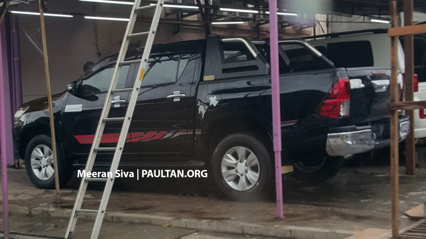 SPYSHOTS: 2016 Toyota Hilux spotted in Malaysia! Image #438960
