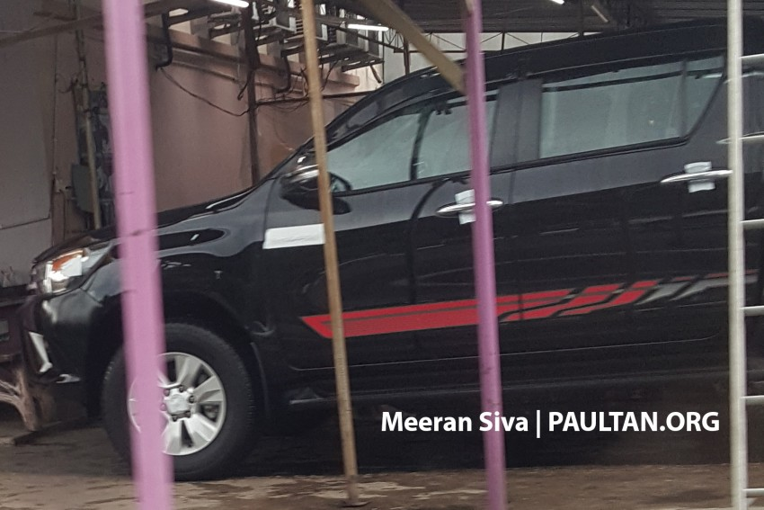 SPYSHOTS: 2016 Toyota Hilux spotted in Malaysia! Image #438961