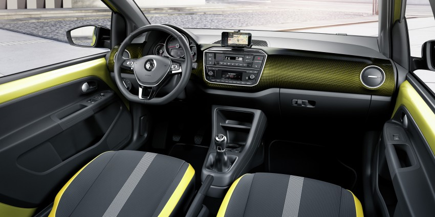 Volkswagen up! facelift unveiled with new 1.0 TSI mill Image #445972