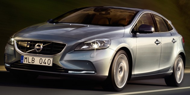 Volvo_V40_launch_official_pics_004_cropped